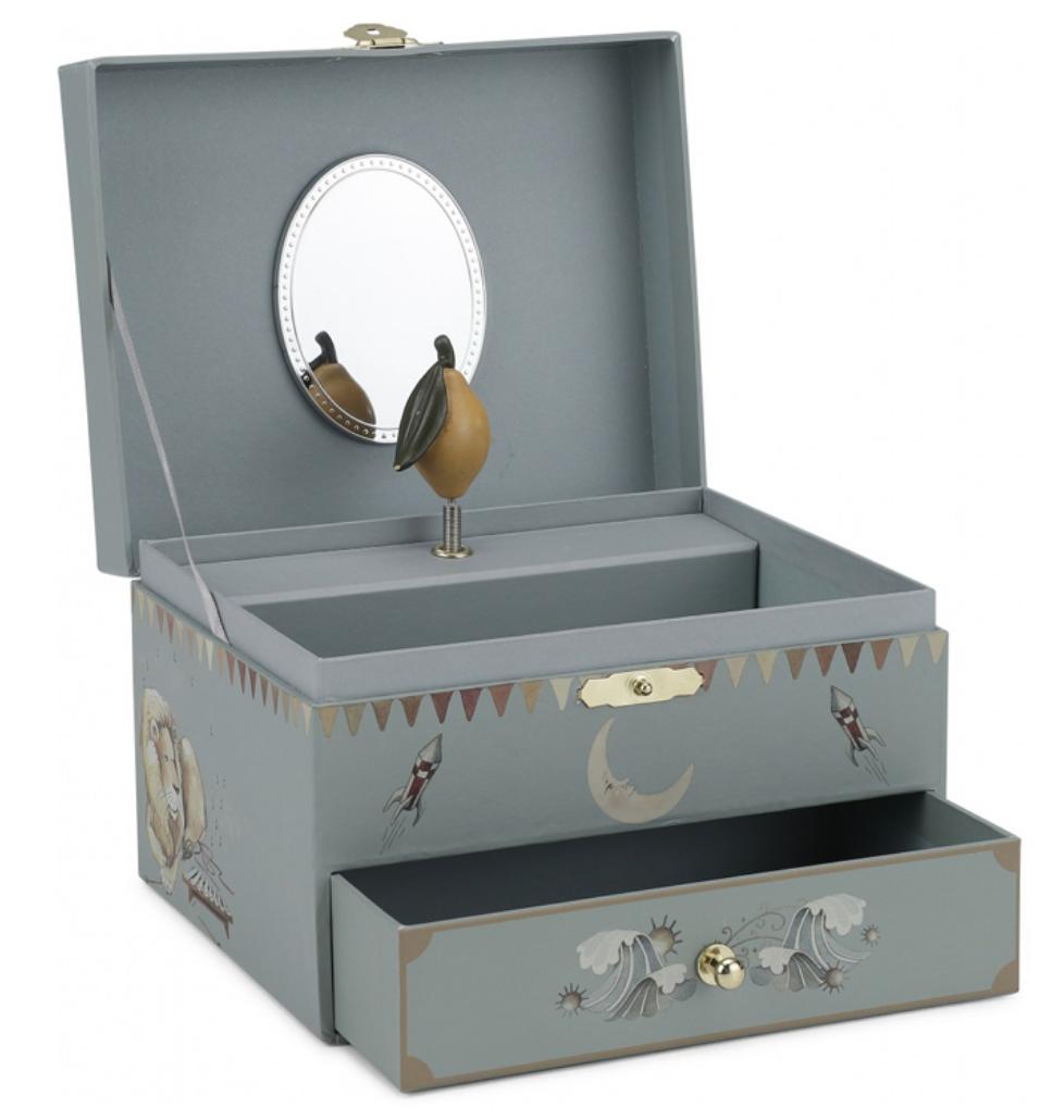 Konges Sløjd treasure box, Konges Sløjd smykkeskrin, Smykkeskrin fra Konges Sløjd, stilren smykkeskrin
