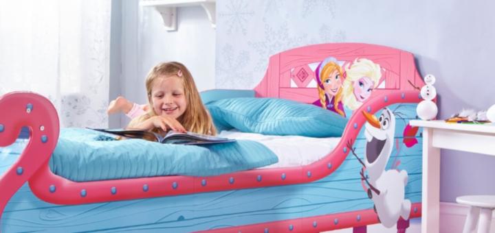 gaver til 2 årige, gave til 2 årige, gaver til 3 årige, gaver til små piger, 2 årige piger gave, fødselsdagsgaver til 2 årige, fødselsdagsgaver til 2 årige piger, frost seng, frost slæde, Frozen seng, seng med frost, disney frost seng, seng med disney frost, Frost fra Disney seng, senge med Frost, seng med elsa, seng med disney prinsesser