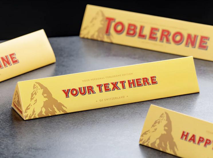 chokoladeæske med navn, Toblerone med navn på, mandelgaver til børn, Personlig chokolade, børnevenlige mandelgaver, mandelgaver 2021, mandelgave 2022
